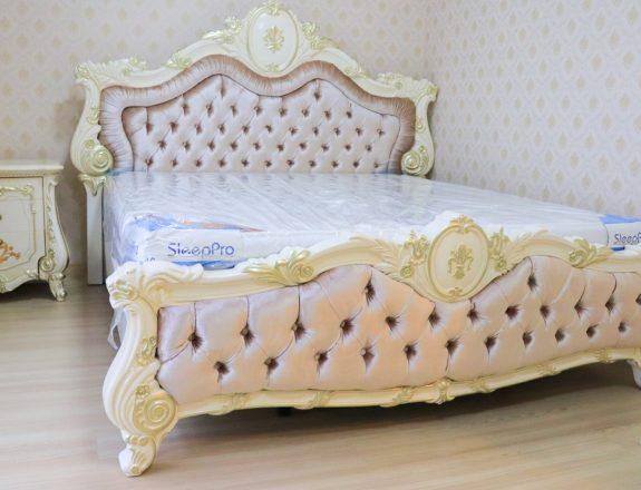 เตียงนอนหลุยส์ Punzel Cara
