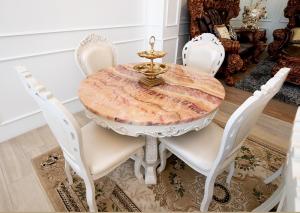ร่มไทร ร่มไทรเฟอร์นิเจอร์ ของตกแต่งหลุสย์ โคมไฟ โซฟาหลุยส์ เฟอร์นิเจอร์หลุยส์ เตียงเจ้าหญิง โต๊ะกินข้าวเจ้าหญิง โต๊ะหลุสย์ ห้องนอนหลุยส์